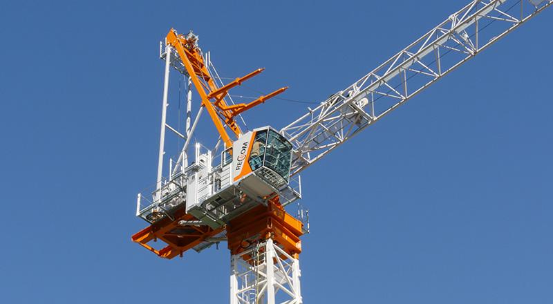 luffing crane construction
