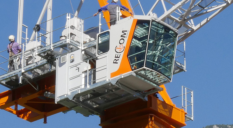 Recom Moritsch rtt-570 - Tower crane luffing jib tower crane