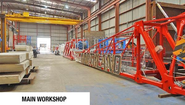 Tower Crane raimondi in warehouse waiting for hire